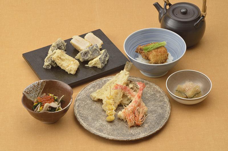9月1日~「秋のおすすめランチコース」一日限定10食。¥14,300(税込)